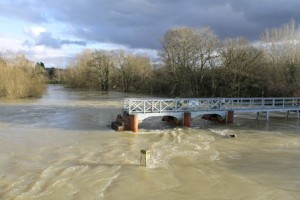 Submerged wier at Goring